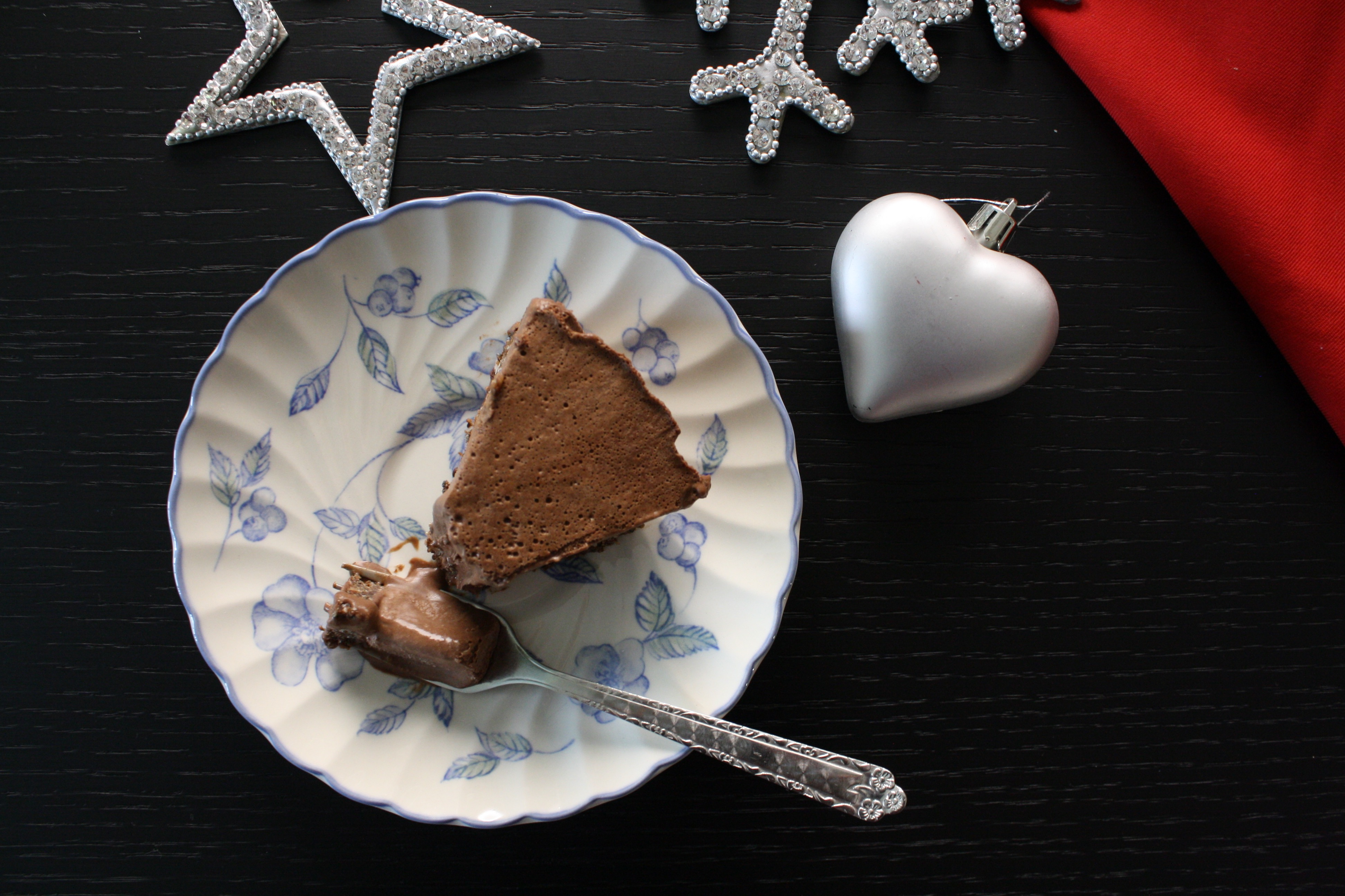 Gâteau chocolat cru pour noël