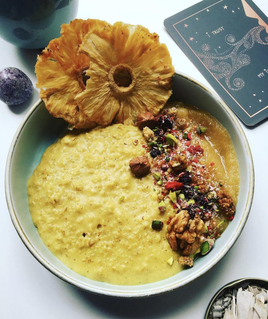 Turmeric Golden Latte Porridge
